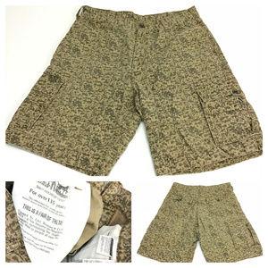Levis brown camo cargo shorts 34.5 Z2-1-3